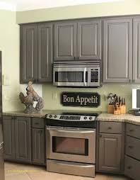 peindre sa cuisine en repeindre sa cuisine en gris élégant idee peinture cuisine s top