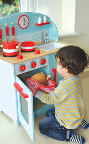 lynton wooden toy kitchen imaginative play