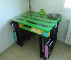 fabriquer un bureau enfant bureaux en palettes diy conseils bricolage facile