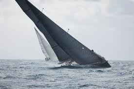 best sailing tactics for high winds and waves