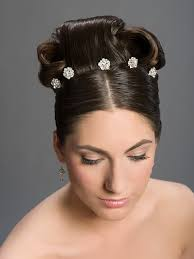 hair jewels pin hair jewels shaped like flowers detail for wedding