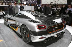 koenigsegg one 1 top speed koenigsegg one 1 breaks 0 186 0 mph record