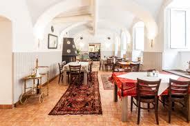 Wohnzimmer Lounge Bar Coburg K U0026k Hofspezereien Kulinarische Rundreise Durch Die Ehemalige K