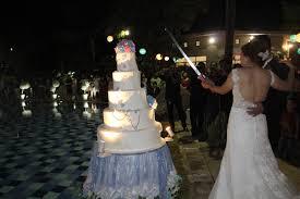 wedding cake kelapa gading floating wedding cake for hendry cindya by rr cakes bridestory