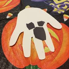 halloween crafts for preschool easy halloween crafts for kids