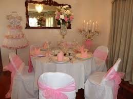 good looking image of pink wedding table decoration using light