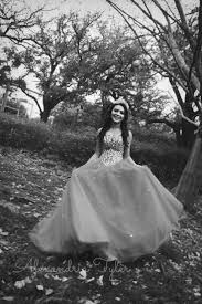 quinceanera photo idea with honor court guys quince pinterest
