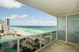 beach club tower two hallandale