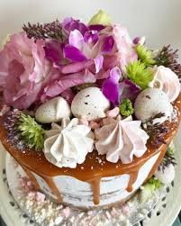 semi express cake with caramel drizzle flowers u0026 meringues