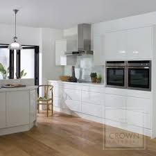 white kitchen ideas uk pineto white gloss handleless kitchen circular jpg 500 500