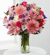 dillons floral dillons exquisite bouquet w free vase hutchinson ks 67504 ftd