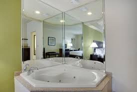 Comfort Suites Sarasota Holiday Inn Express U0026 Suites Saraso Sarasota Fl Booking Com