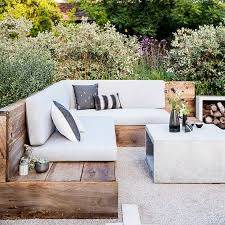 the 25 best backyard seating ideas on pinterest fire pit bench