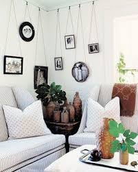how to hang picture frames that have no hooks how to hang pictures without nails 15251
