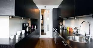 am agement cuisine en longueur la cuisine couloir implantation d une cuisine tout en longueur