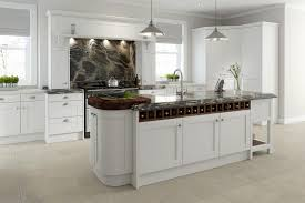 how to clean soiled kitchen cabinets cleaning wood kitchen cabinets