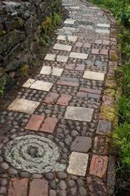 Gartengestaltung Mit Steinen Kieselstein Mosaik Im Garten Legen Für Hübsche Wege U0026 Terrassen