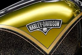 hand polished clear over chrome tank paint on 2013 harley cvo