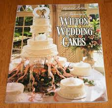 a treasury of wilton wedding cakes book sc 98 pages cake
