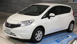nissan note 2013 file 2nd generation nissan note jpg wikimedia commons