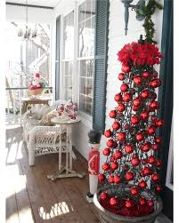 xmas decoration ideas 50 best christmas porch decoration ideas for 2018