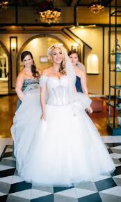 pnina tornai ball gown 5 000 size 10 used wedding dresses