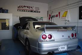 skyline nissan r33 1995 nissan skyline gt r r33 pictures mods upgrades wallpaper