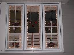 How To Hang Christmas Lights On House by Put Up Christmas Lights Outside Christmas Lights Decoration