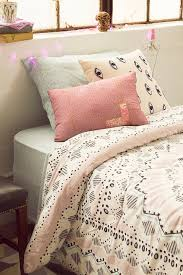 full comforter on twin xl bed plum u0026 bow mia medallion comforter snooze set twin xl big