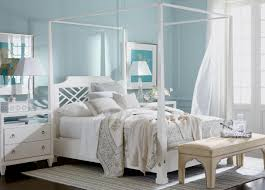 phenomenal honeymoon bedroom design in small spaces with canopy