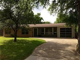 Mid Century House Mid Century Homes Reinae Kessler U2014 Austin Home Girls Realty