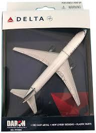 amazon com daron delta single plane toys u0026 games