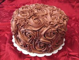 at home cake decorating ideas chocolate buttercream icing wilton