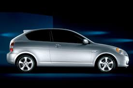 3 door hyundai accent 2009 hyundai accent overview cars com
