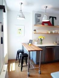 how to make a small kitchen island best 25 rolling kitchen island ideas on rolling