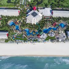 book the pyramid at grand oasis all inclusive in cancun hotels com