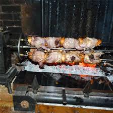 comment cuisiner les cailles recette des cailles à la broche par jean claude algans tom press
