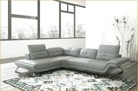 canapé cuir gris clair comment nettoyer un canapé cuir attraper les yeux canape cuir gris