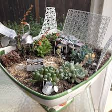 diy fairy gardens a jeep and house clipgoo