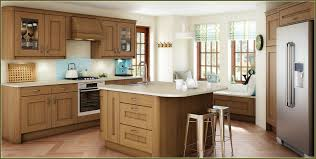 gray shaker kitchen cabinets oak shaker kitchen cabinets home design ideas
