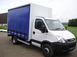 renault phoenix 3 5 to 26 tonne curtain sided bodies