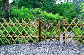 Bamboo Garden Design Ideas Bamboo Garden Fence Ideas 496x300 Garden Fence Design Ideas
