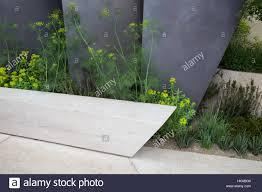 garden bench patio area the telegraph garden chelsea flower