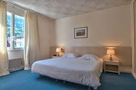 hotel chambre familiale annecy chambres d hôtel 3 vue lac annecy et montagnes à talloires montmin