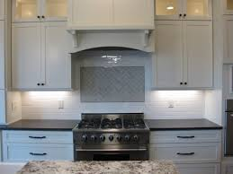 Walker Zanger Gramercy Park Backsplash Tile Heirloom White And - Walker zanger backsplash