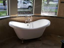 Pedestal Tub Claw Foot