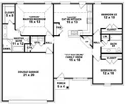 single story house floor plans 653788 one story 3 bedroom 2 bath traditional style