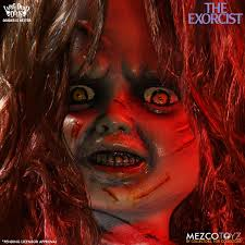 halloween horror nights the exorcist the exorcist u0027 living dead doll spider walks into your heart