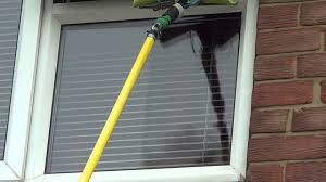 Window Cleaning Window Cleaning Tips Using Wagtail On A Pole Youtube