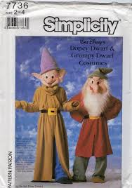 Halloween Dwarf Costume 25 7 Dwarfs Costumes Ideas Group Costumes